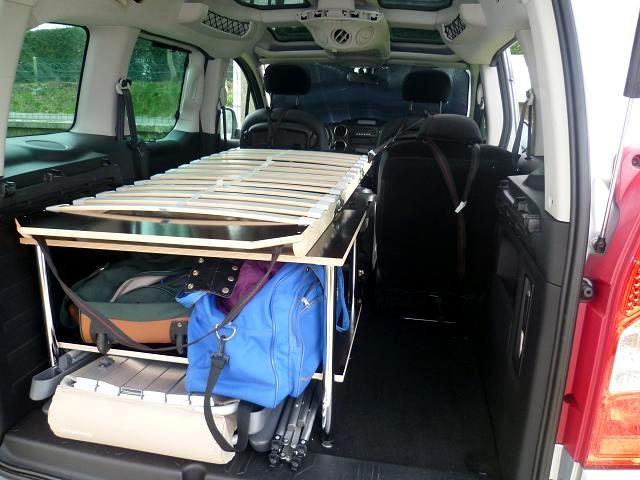 easy bed car votre lit dans votre voiture ludosp ce. Black Bedroom Furniture Sets. Home Design Ideas