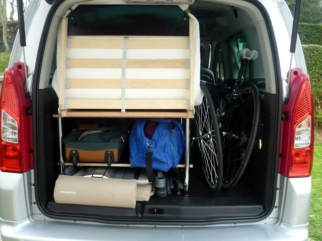 easy bed car votre lit dans votre voiture couchage une personne. Black Bedroom Furniture Sets. Home Design Ideas